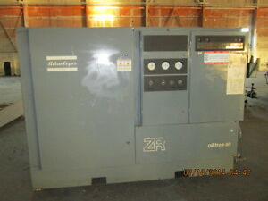 Atlas Copco Mdl Zr 4c arr 250 H p oil Free Air Compressor Only 2800 Load Hours