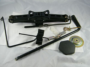 2003 Lincoln Ls Spare Tire Jack Set Hold Door Bracket Included
