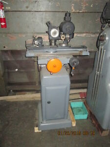 K O Lee Universal B603 Tool And Cutter Grinder With Diamond Wheel Tooling