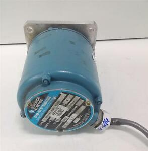 Superior Electric Slo syn Synchronous Stepping Motor M111 fd 8202