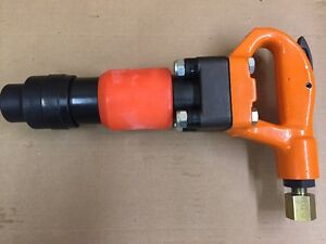 Pneumatic Chipping Hammer 4 Bolt Atp 2arb 2 Bits