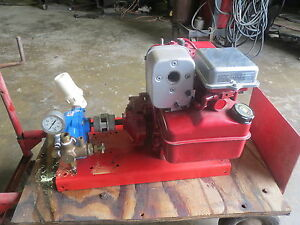 Briggs Stratton 5 Hp Gear Reduction Motor W water Pump used