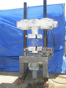 Tinius Olsen 200 000 Lb Tensile Compression Tester With Micrometer Adjustment