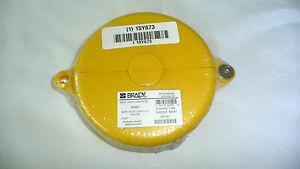 Brady Gate Lockouts 65591 Yellow 2 5 X 5 new