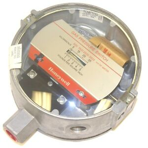 New Honeywell C437d egh Gas Pressure Switch 500 3500 Mm Of Water 35 Kpa Max