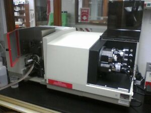 Perkin Elmer Atomic Absorption Aa Spectrophotometer 3300 Aas Analyzer Aanalyst
