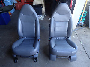 01 02 03 04 Ford Escape Front Seats Driver Passenger Graphite Gray Leather
