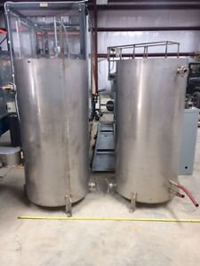 2 150 Gallon Vertical Stainless Steel Tanks 2 Twin Identical Tanks 1 Lot Of 2