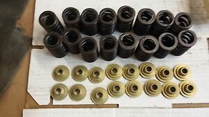 Nos Trw Valve Springs And Aluminum Retainers Small Block Chevy 490 Max Lift
