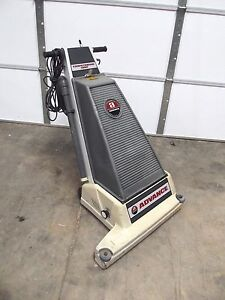 Advance Carpetriever 28xp Commercial Vacuum 28 Wide works Good sr37