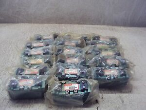Numatics 92205 x Valve Lot Of 17 New