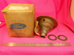Nos 1962 62 Ford Mercury 9 Differential Carrier Case Mustang 61 66 67 68 69 70