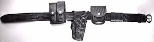 Police Duty Belt Size 36 right Hand Leather Safariland Holster Security Case