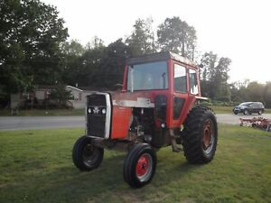 1085 Massey Ferguson 2 Wheel Drive Cab Tractor 4847 Hours