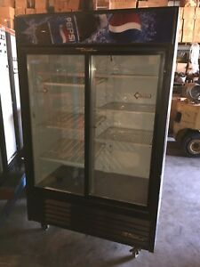 True Gdm 45 Sliding Glass 2 Door Cooler Refrigerator Cabinet Pepsi Cola