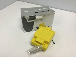 New Daniel Woodhead 1301460153 Water Resistant Receptacle Power 15a 250vac