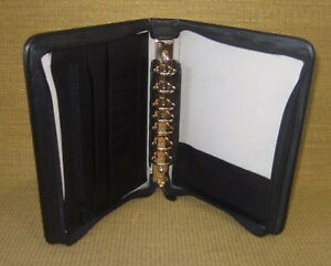 Classic 1 25 Gold toned Rings Black Leather Franklin Covey Zip Planner binder
