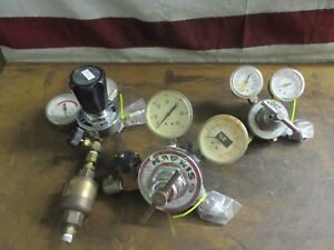 Lot_gas Regulators Matheson 1pa 510 1 Harris 92 50 1 Airco Oxygen 1