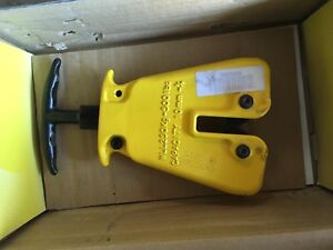 New Cm Camlok Hgc Plate Clamp With Grip 500 Lbs 0 3 8 jaw