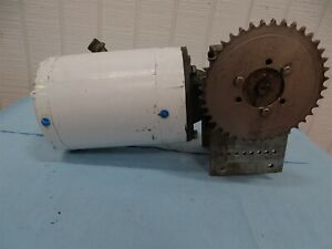 Baldor Vwdm3538 Electric Motor 1 2hp 1725rpm 3ph With Reducer 50 1ratio