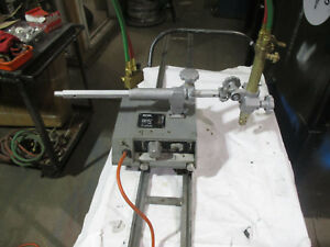 Vcm 100 Cutting Machine W torch 6 Of Track Gas Manifold Victor Brand