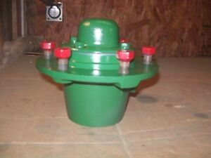 Oliver Super55 550 Farm Tractor Factory Original Front Hub Very Nice