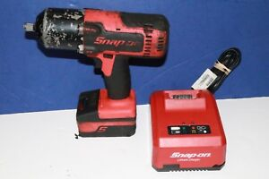 Snap on Ct88500 1 2 Impact Wrench W Charger 1 Batteries ctb8185o