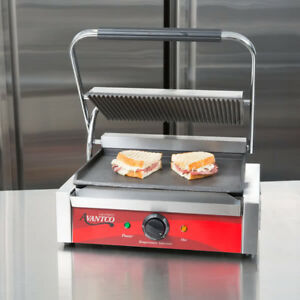 Avantco P75 Grooved Top Commercial Counter Panini Sandwich Press Grill 120v New