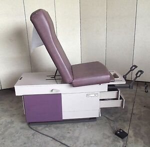 Ritter 307 Hydraulic Lift Medical Exam Table heated Drawer plum nice Bed Sr86