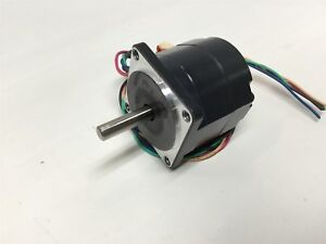 Oriental Ph533 na Vexta Miniature Stepper Motor 5mm Shaft 5 phase 0 75a Dc