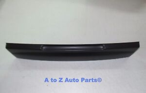New 2002 2005 Ford Explorer Tailgate License Plate Shield Handle Oem