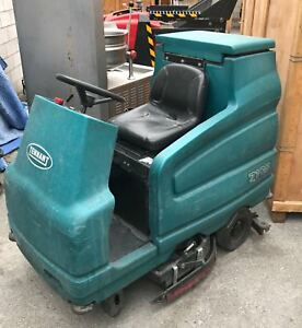 Tennant 7100 Floor Scrubber Very Good Condition But Needs Batteries