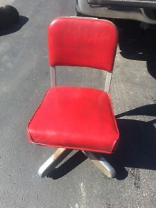 Vintage Red Steelcase Industrial Swivel Office Chair Rolling Propeller Base