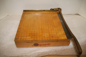 Vintage Ingento No 3 Guillotine Paper Cutter Works Great 10 1 2 X 1 1 2 Board