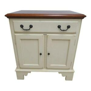Ethan Allen Country Crossings Chippendale Painted Lamp End Table Night Stand A
