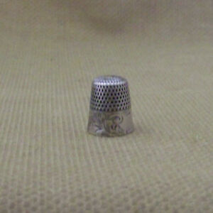Vintage Sterling Silver Thimble