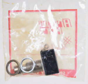 8 Count Arrow Hart Push Button Switches 82403