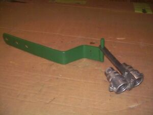 Oliver 66 77 super77 770 88 super88 880 Farm Tractor Hydraulic Coupler Bracket