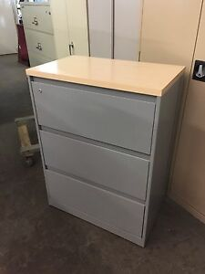 3dr 30 w Lateral File Cabinet W wood Top By Steelcase 900 Model W lock