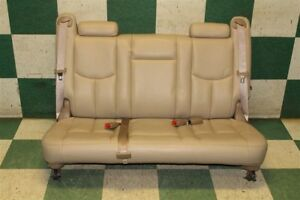 03 06 Suburban Leather Third 3rd Row Backseat Back Rear Seat 3 Person Headrest