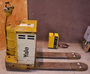 Yale Electric Battery Pallet Jack Model Mp40c2l27 48 4000 Lbs W Charger