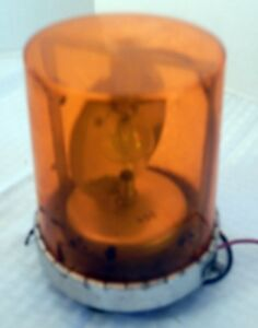 Vintage Federal Signal Vitalite Model 121a Rotating Beacon 12v Amber