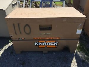 Knaack Model 69 Storagemaster Chest 34x30x60 Job Site Storage Box