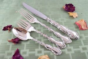 Strasbourg True Place Sized 4 Piece Setting Gorham Sterling