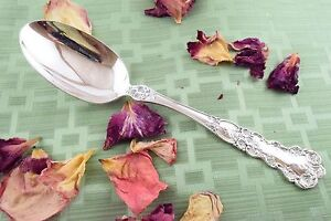 Buttercup Solid Serving Spoon 8 3 8 Gorham Sterling
