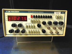 Bk Precision 20mhz Sweep function Generator Model 4040 Powers On Rh476