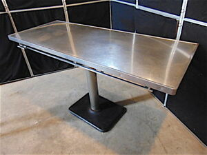 Patterson Veterinary Exam surgery Table 5 Long X 2 Wide 34 1 2 Ta s3467