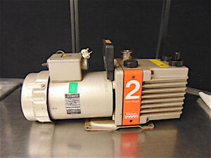 Edwards Two Stage High Vacuum Pump Model E2m2 Powers Up Sounds Good S3477