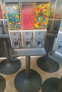 10 Vend Star 3000 Candy Machines With Keys
