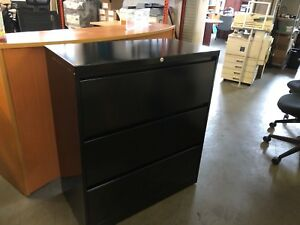 3dr 36 wx18 d Lateral File Cabinet By Steelcase 900 Series In Black W lock